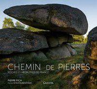Un beau livre sur les roches et mégalithes de France