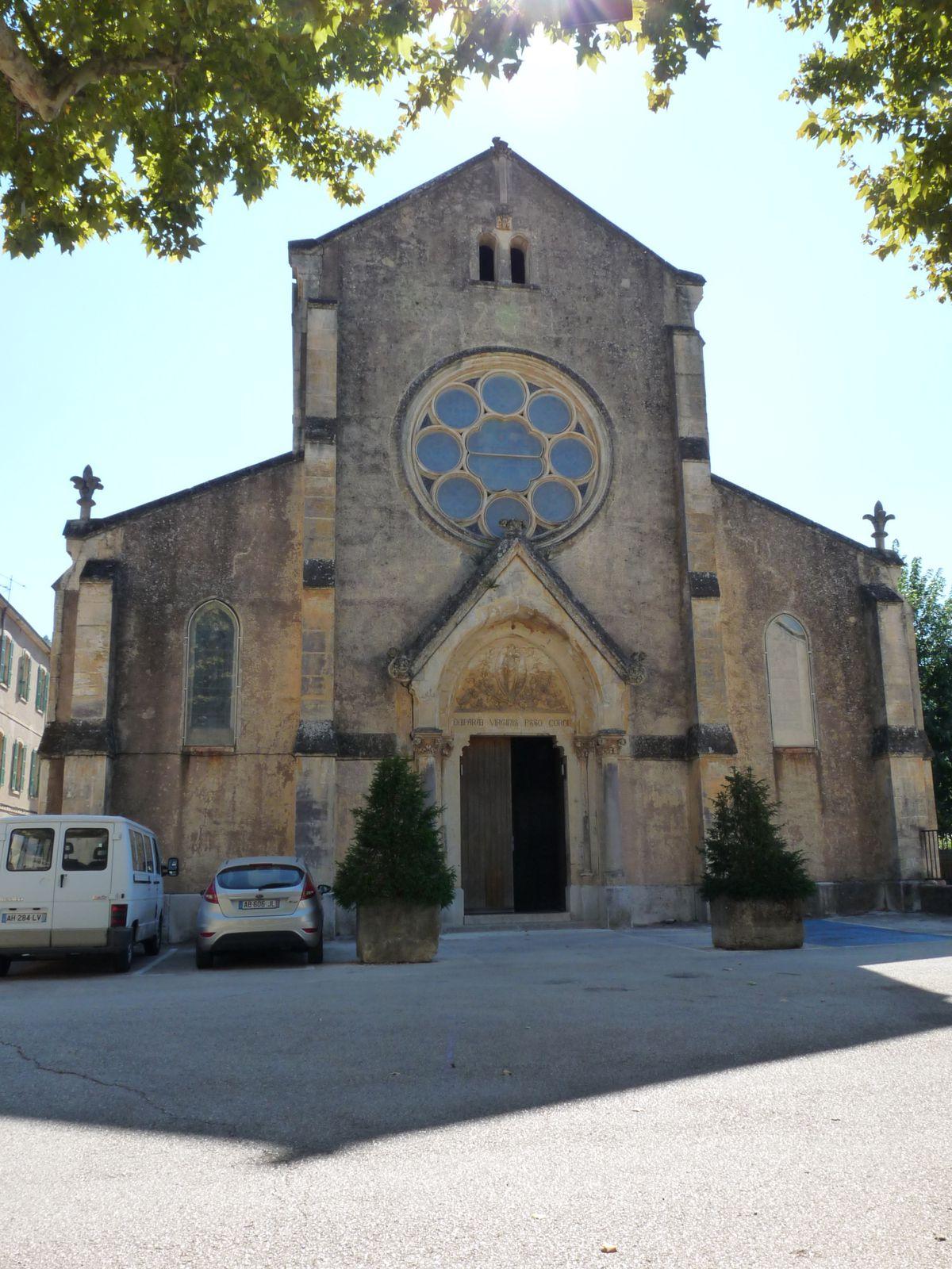 Eglise Notre Dame des Victoires, de style néo-gothique. (1ère pierre en 1873)