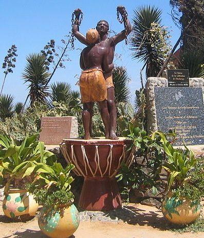 Source       Source http://fr.wikipedia.org/wiki/Île_de_Gorée