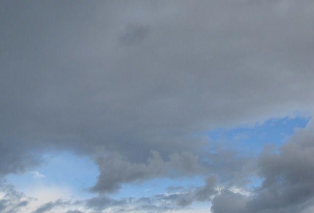 Arrivée du ciel gris