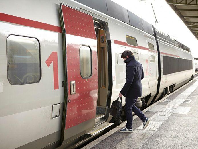 Étrange rencontre dans le TGV