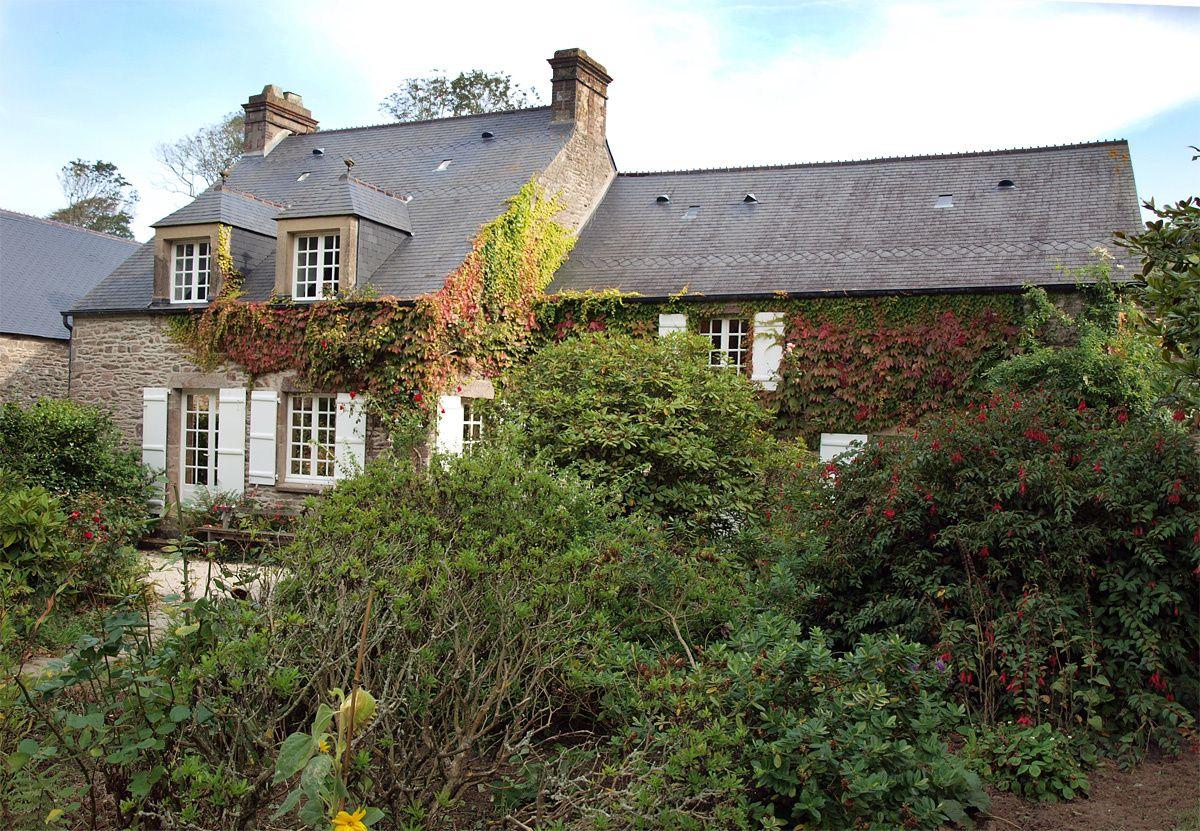 La maison de Jacques Prévert et le jardin