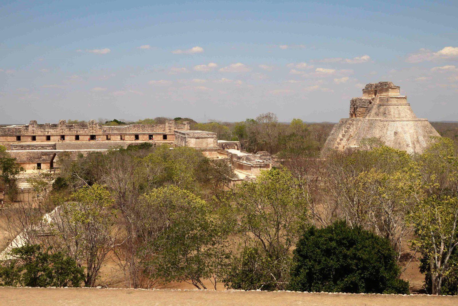 Du palais du gouverneur, une vue d'ensemble sur tout le site