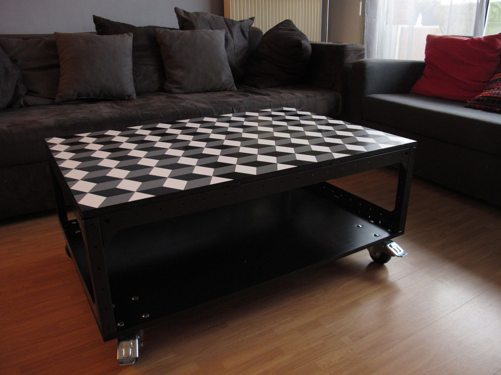 nos derni res cr ations de tables basses palette roulettes d co et recycl e doobi cr ation. Black Bedroom Furniture Sets. Home Design Ideas