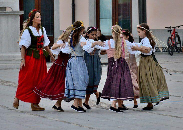 Palmanova 02-09-2017: &quot&#x3B;Danze in costume in piazza&quot&#x3B;.