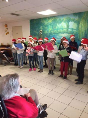 La Chorale de St Marceau à la maison de retraite Eléonore