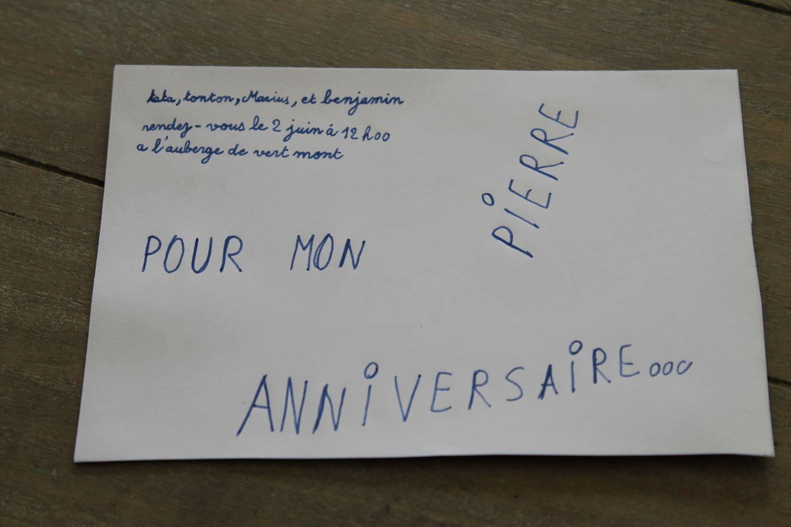 verso :superbe invitation pour l'anniversaire de Pierre