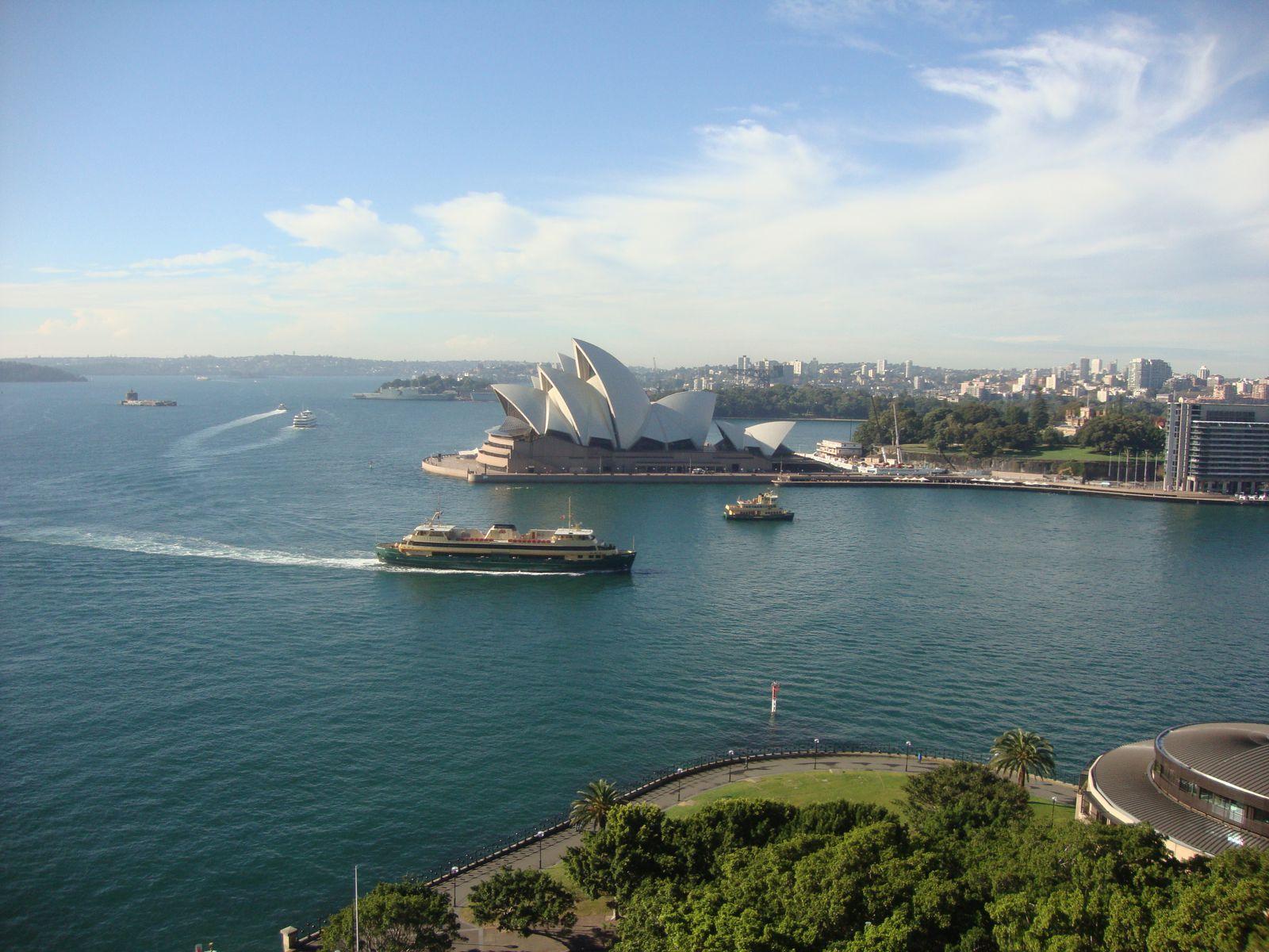 Chapitre IX : Sydney sous la pluie