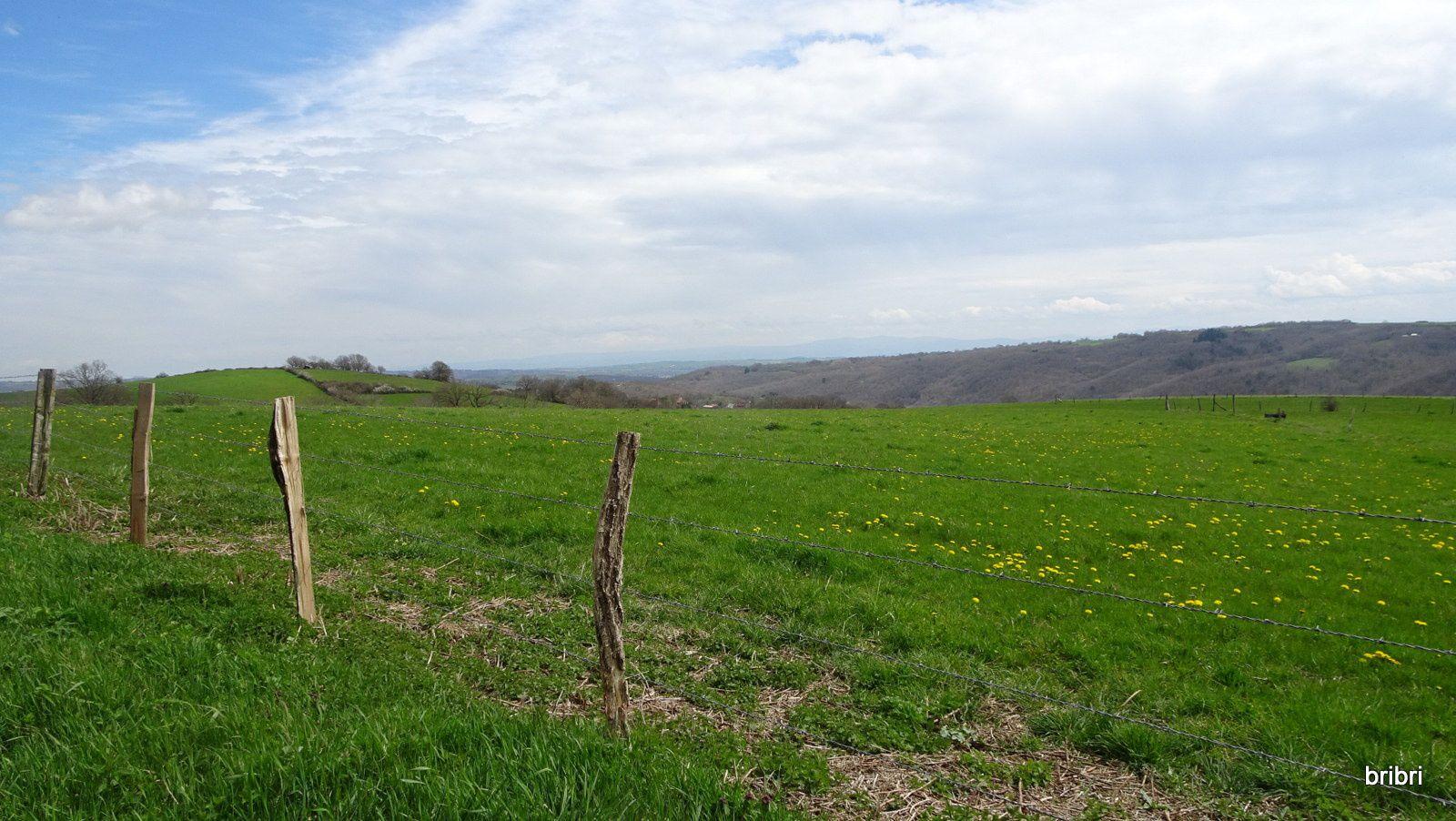 Beau paysage avant de descendre dans le trou du barrage.