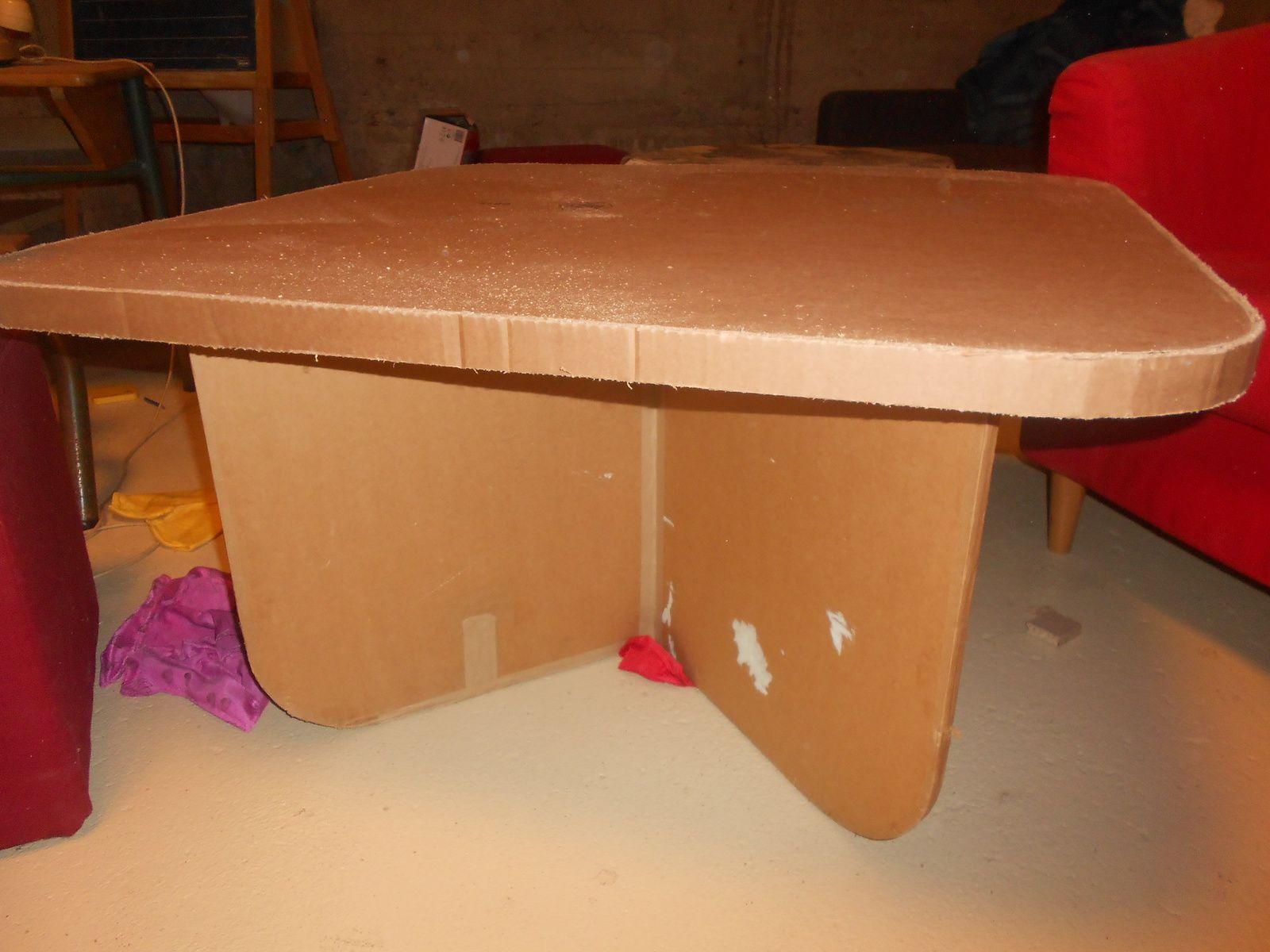 les cr ations en carton de st phanie blog destin e la d coration int rieure avec du mobilier. Black Bedroom Furniture Sets. Home Design Ideas