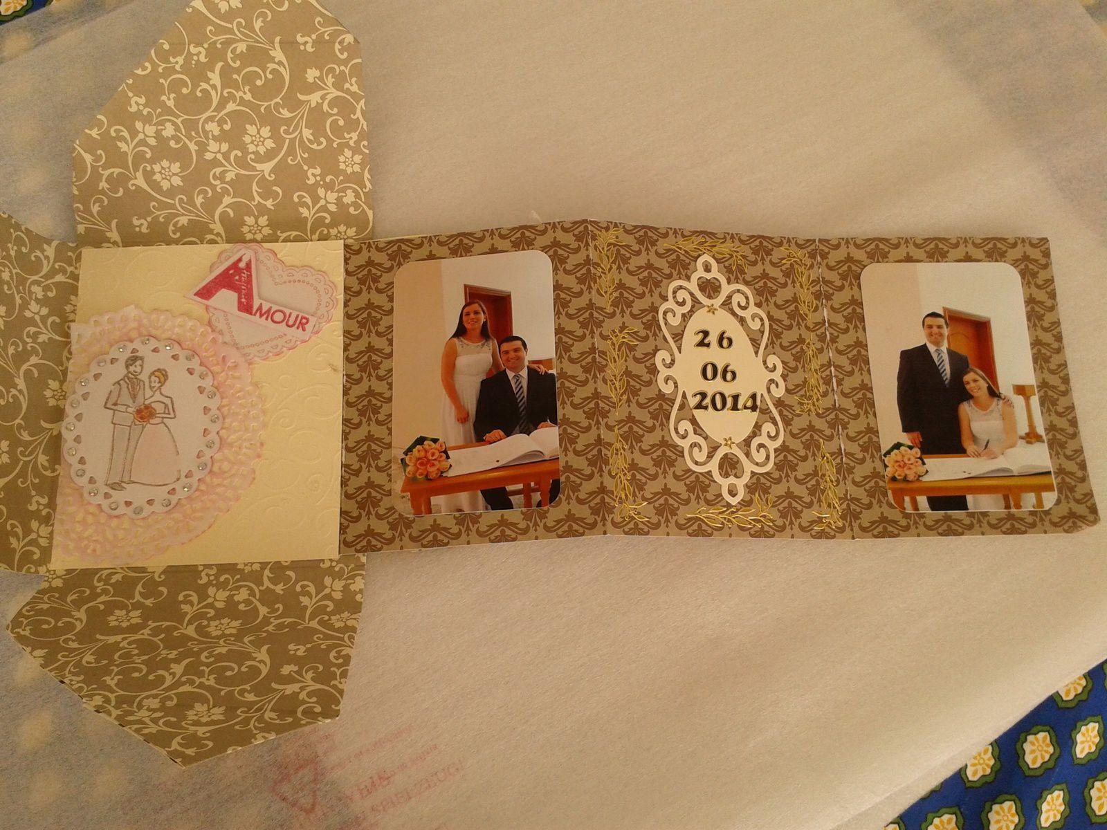 Le tiroir d'Ignacette et son mini album.