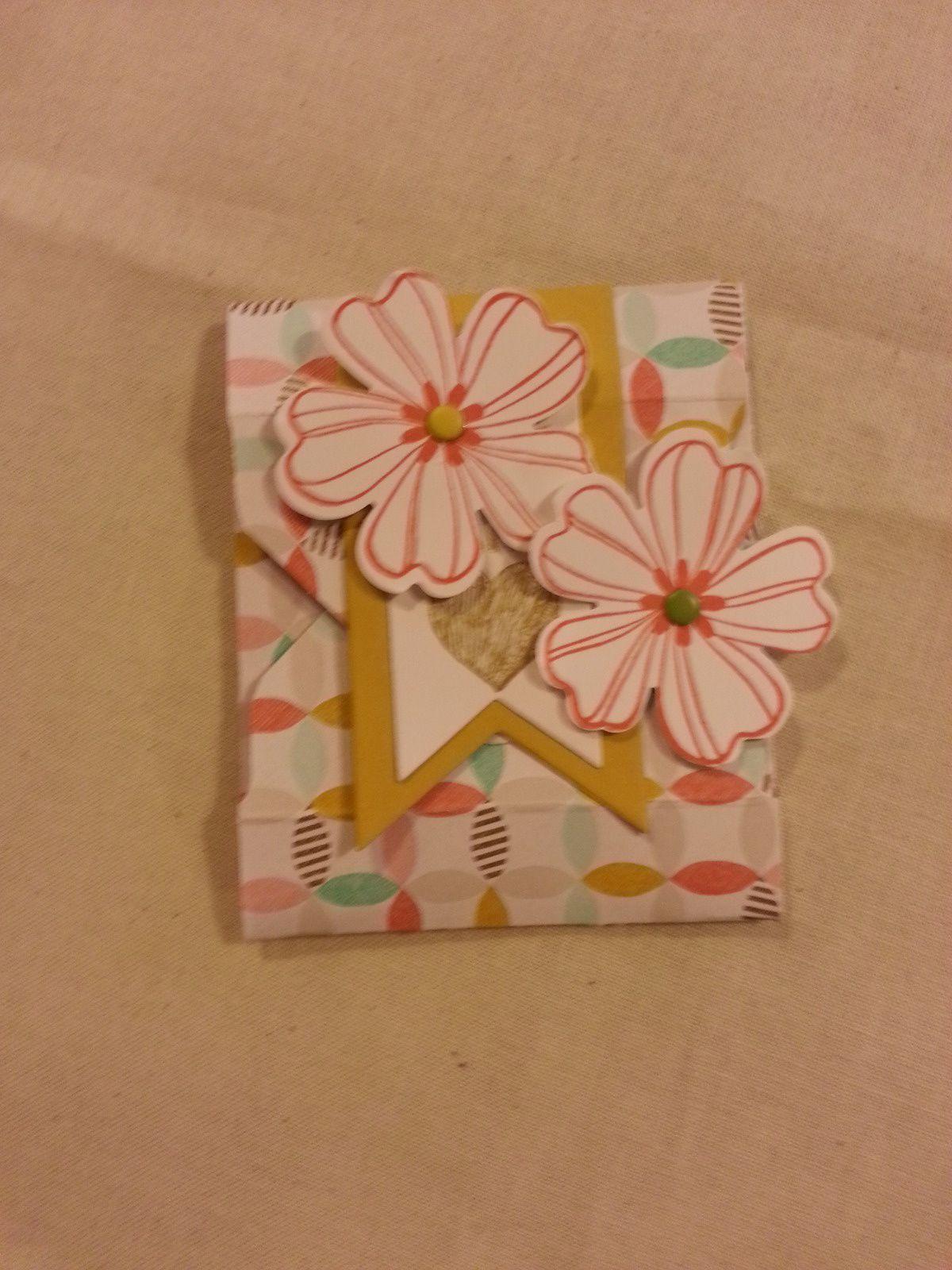 Mini enveloppe ,valisette a thé ,paginer de pâques ,boite carré,,boite rectangulaire.