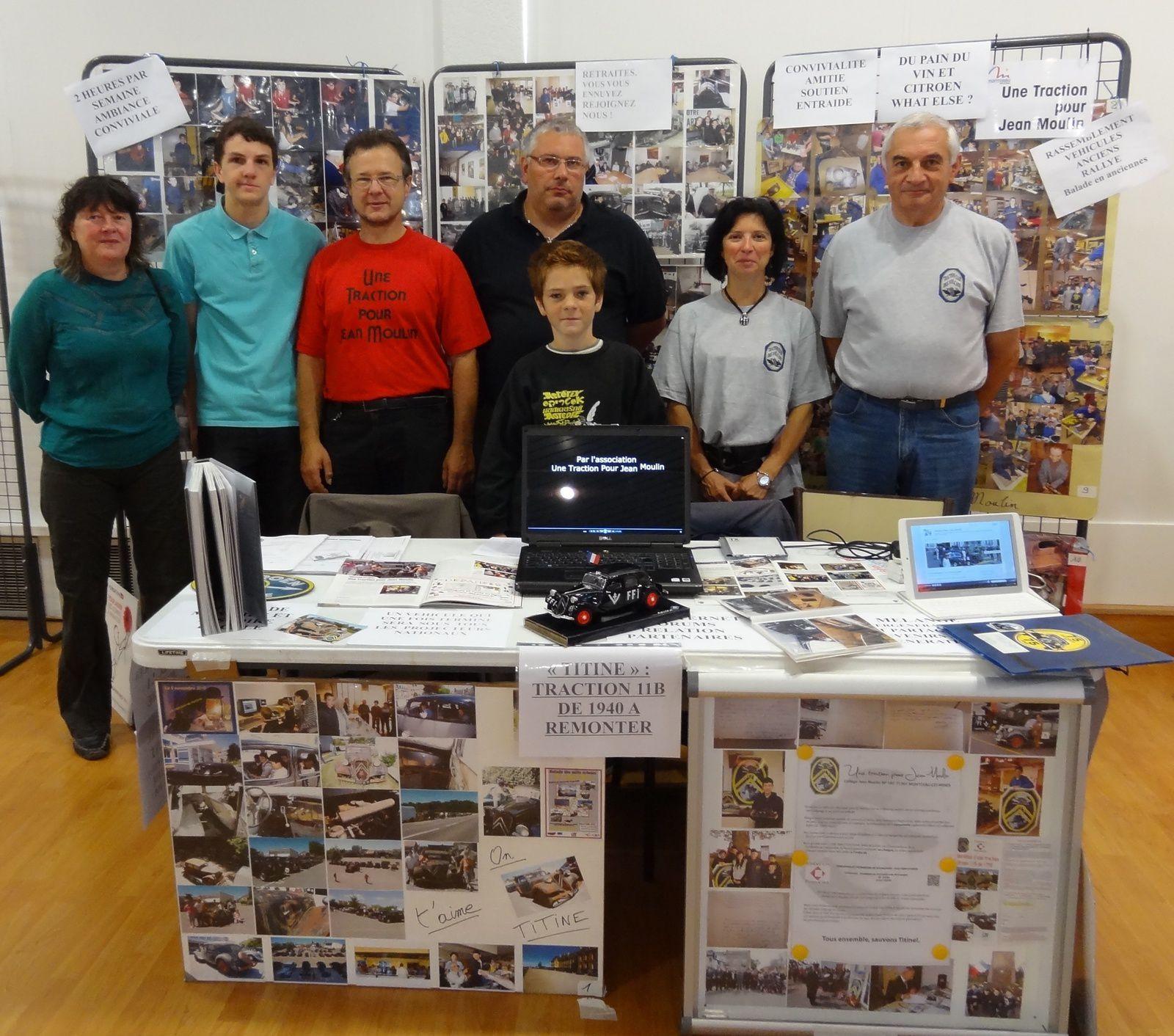 Les jeunes Simon, Jordan, Esteban, Juan et Paul ont représenté l'association tout au long de la journée.