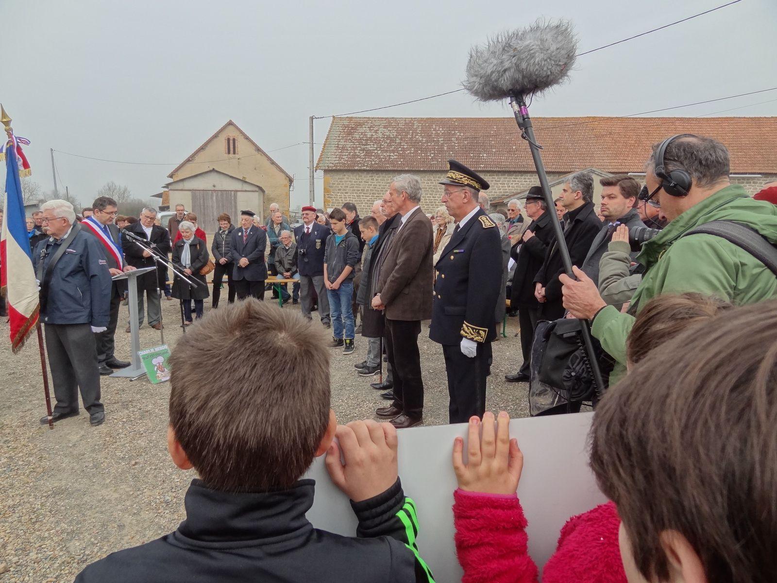 FR3 est venu faire un documentaire sur la vie de Pierre Delaye (voir l'article précèdent).