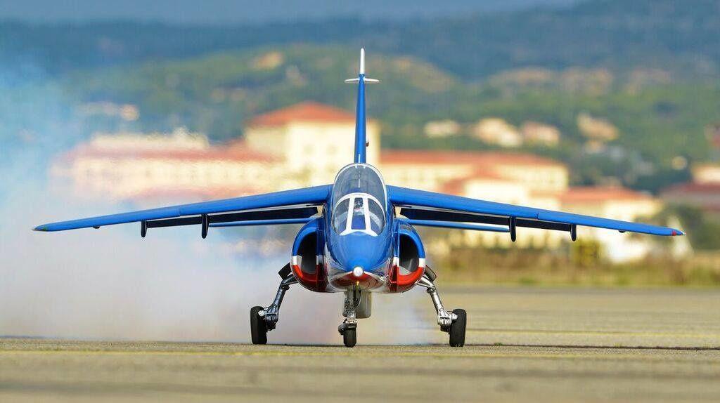 Présentation de notre Alpha Jet à la Patrouille de France