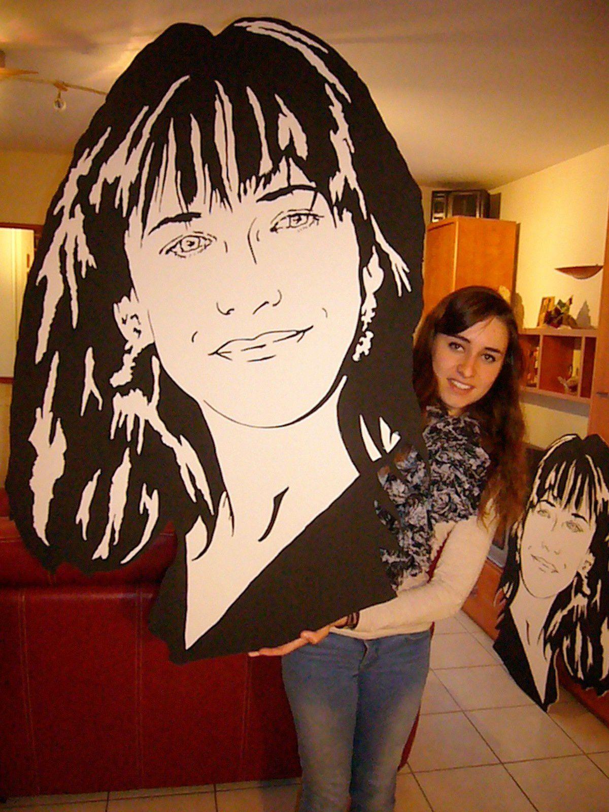Sophie Marceau en polystyrène sur médium en  1m20 x 80 cm