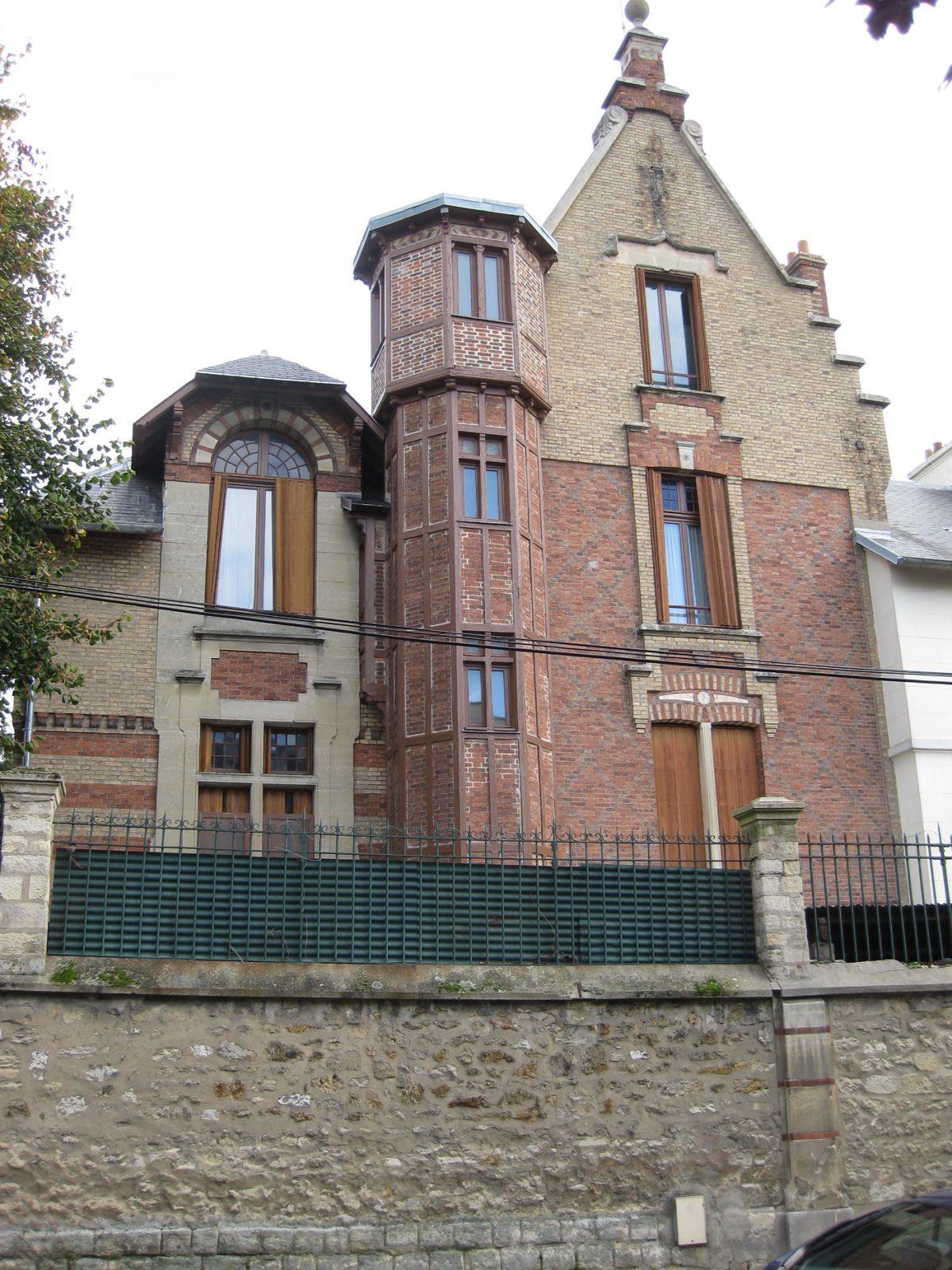 La villa de Créteil retrouvée (credit : Maurice DUPREZ)