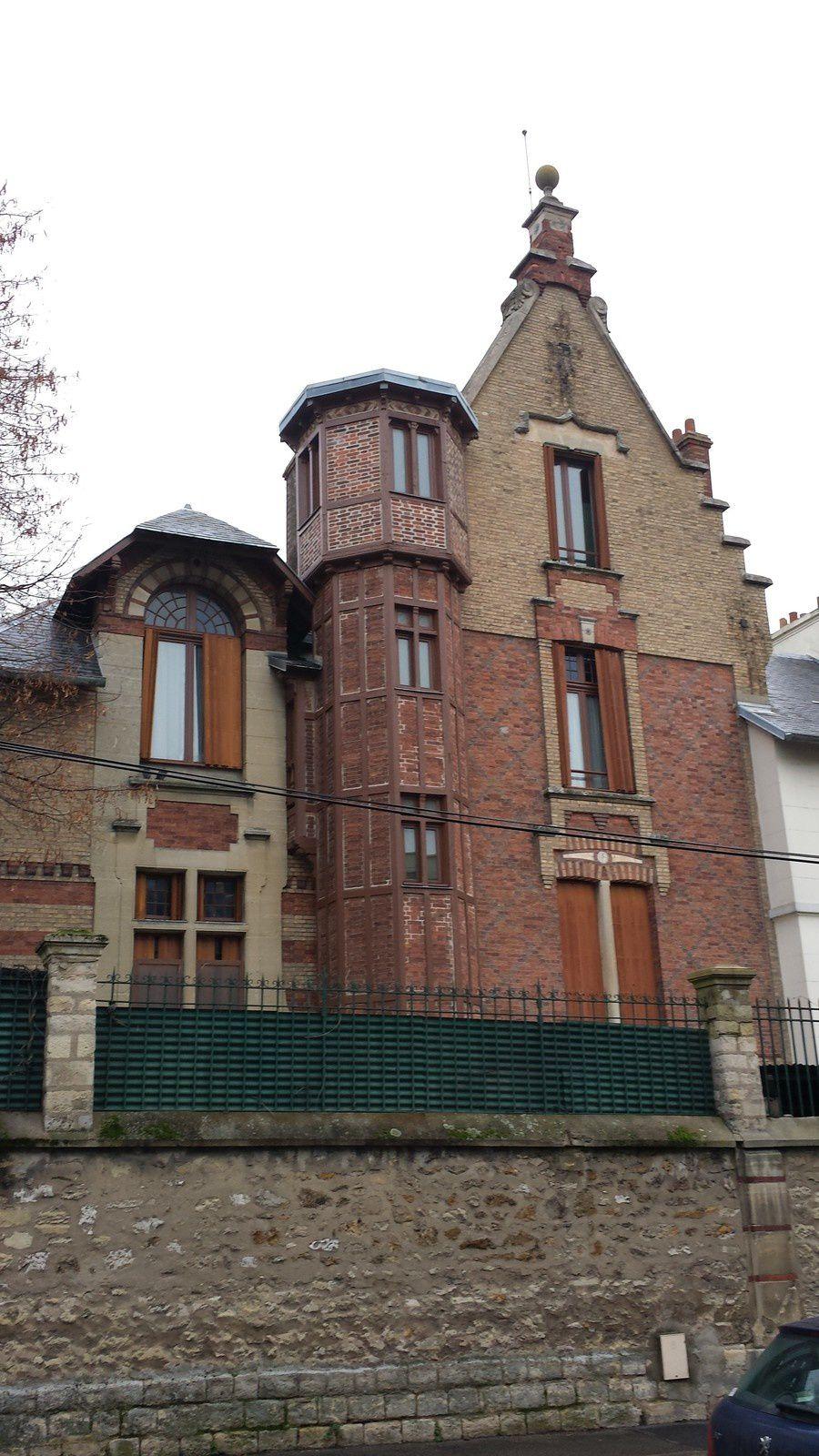 La villa, Avene de Ceinture, à Créteil