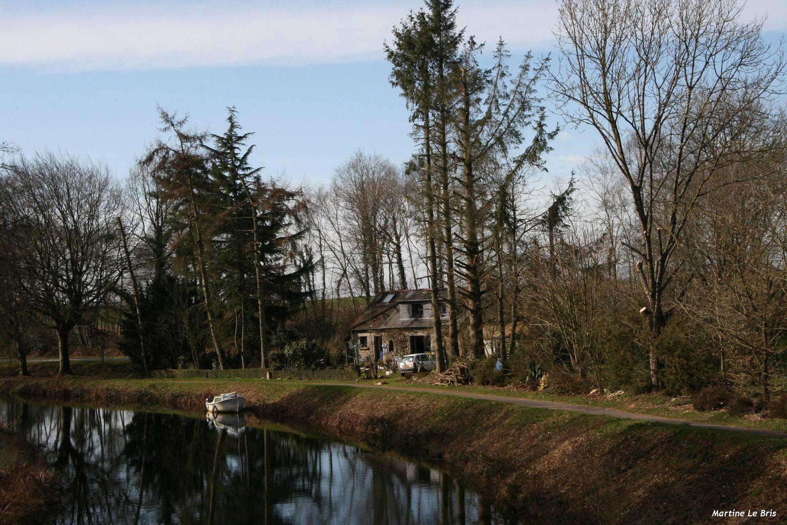 pour la mémoire des gens du canal avec la commune !