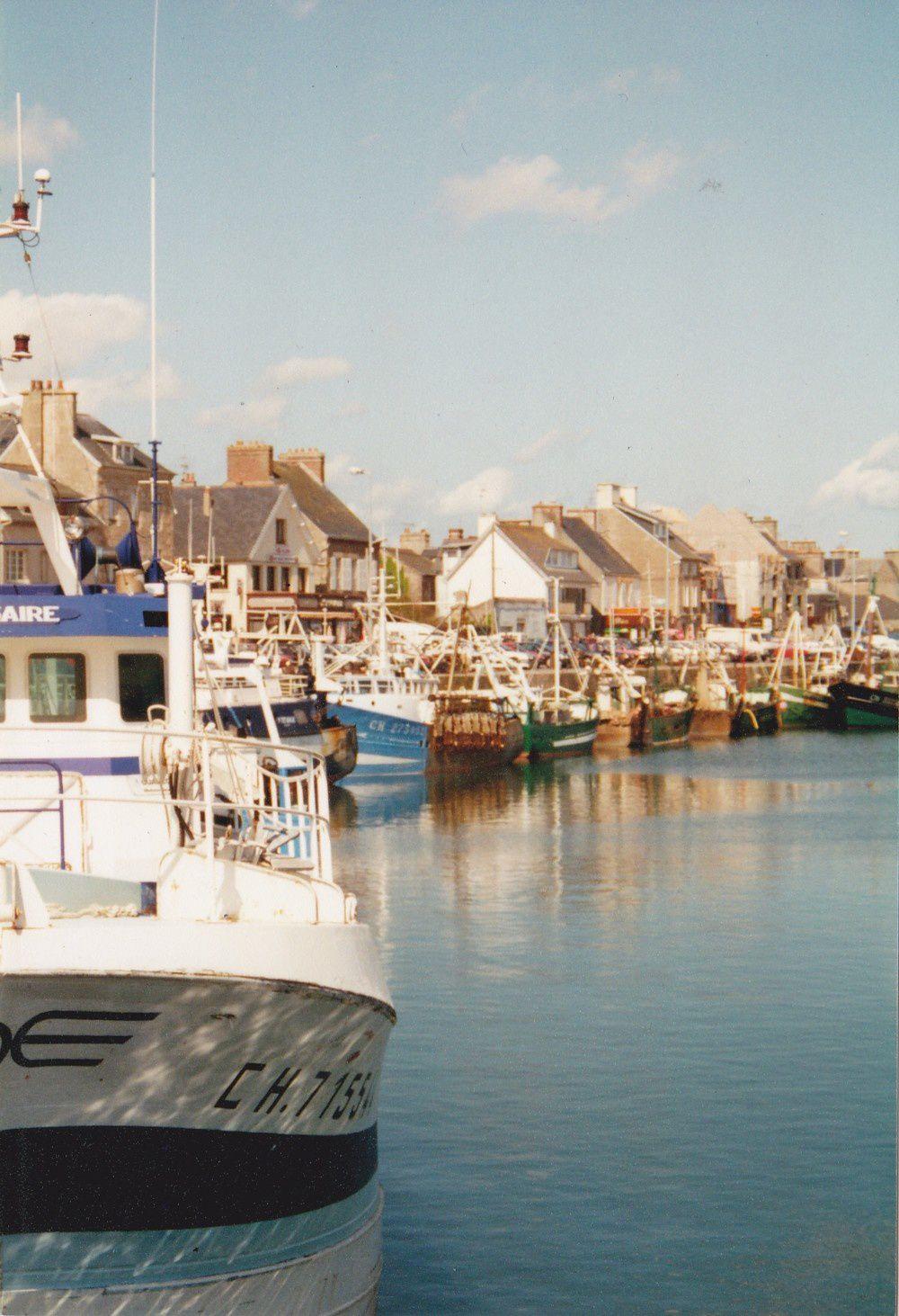 Port de St-Vaast-la-Hougue © Pascal Levaillant 1994