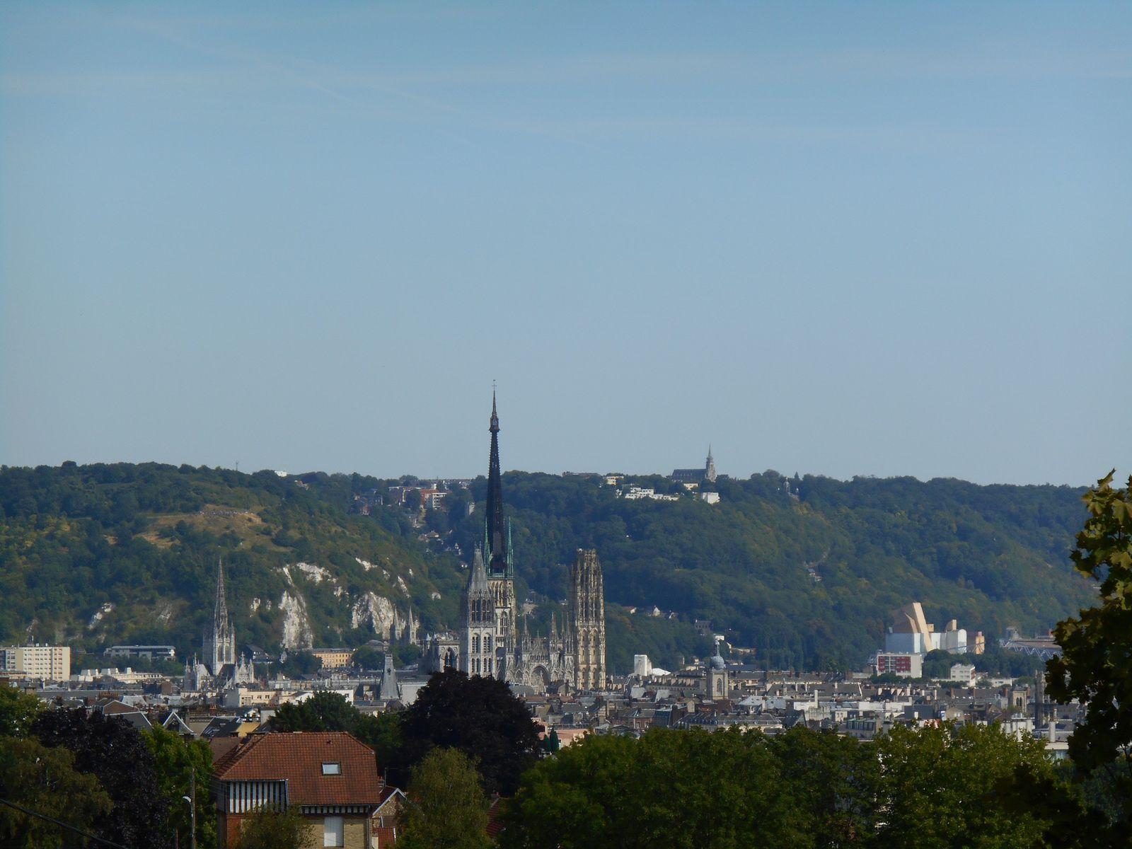 La côte de Bonsecours, la cathédrale de Rouen