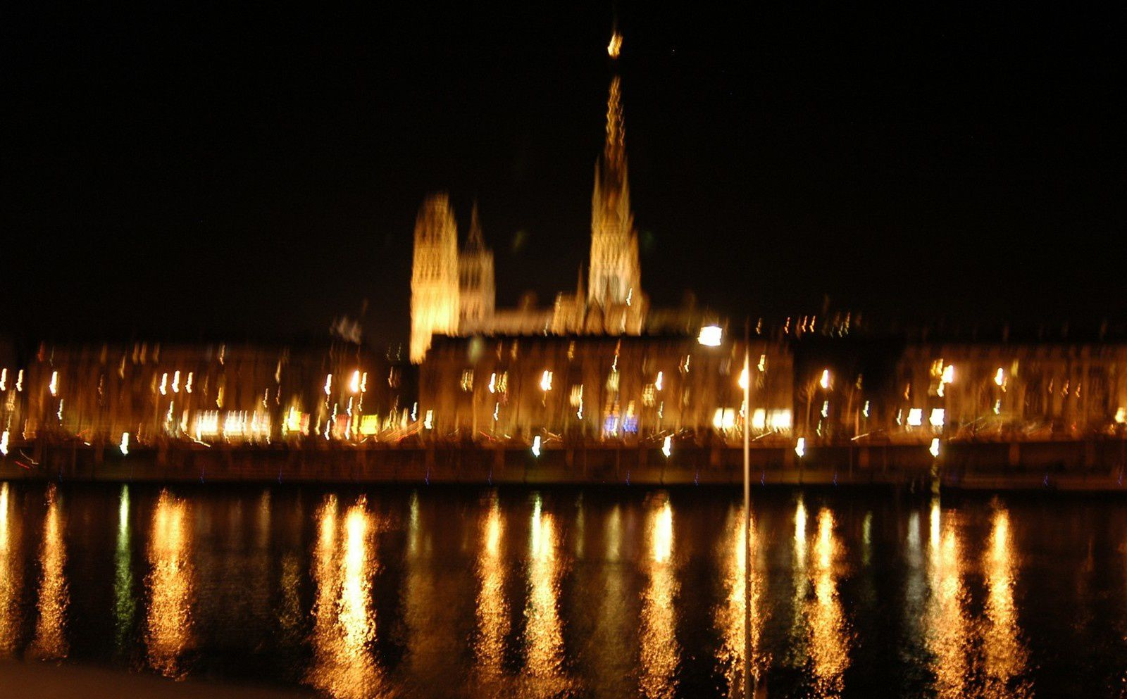 la Seine by night à Rouen