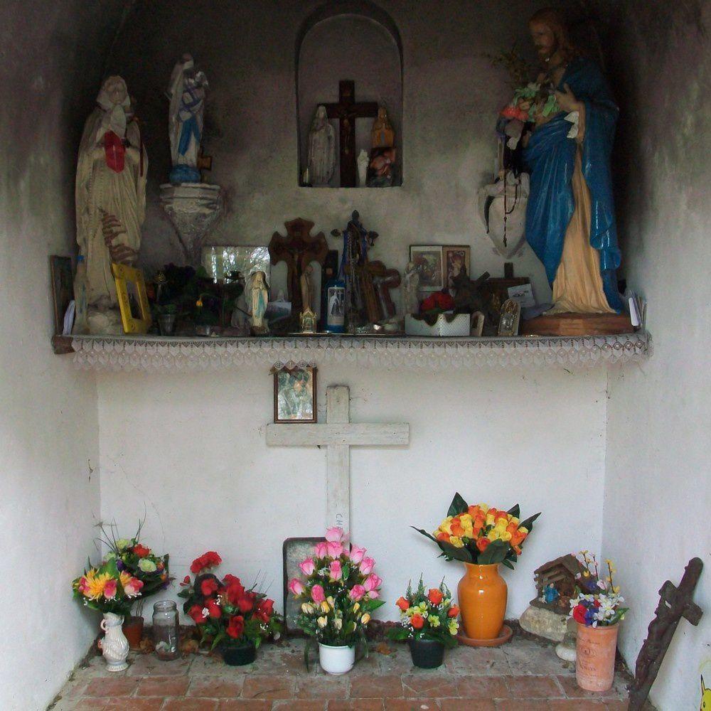 l'intérieur de la chapelle St Maur