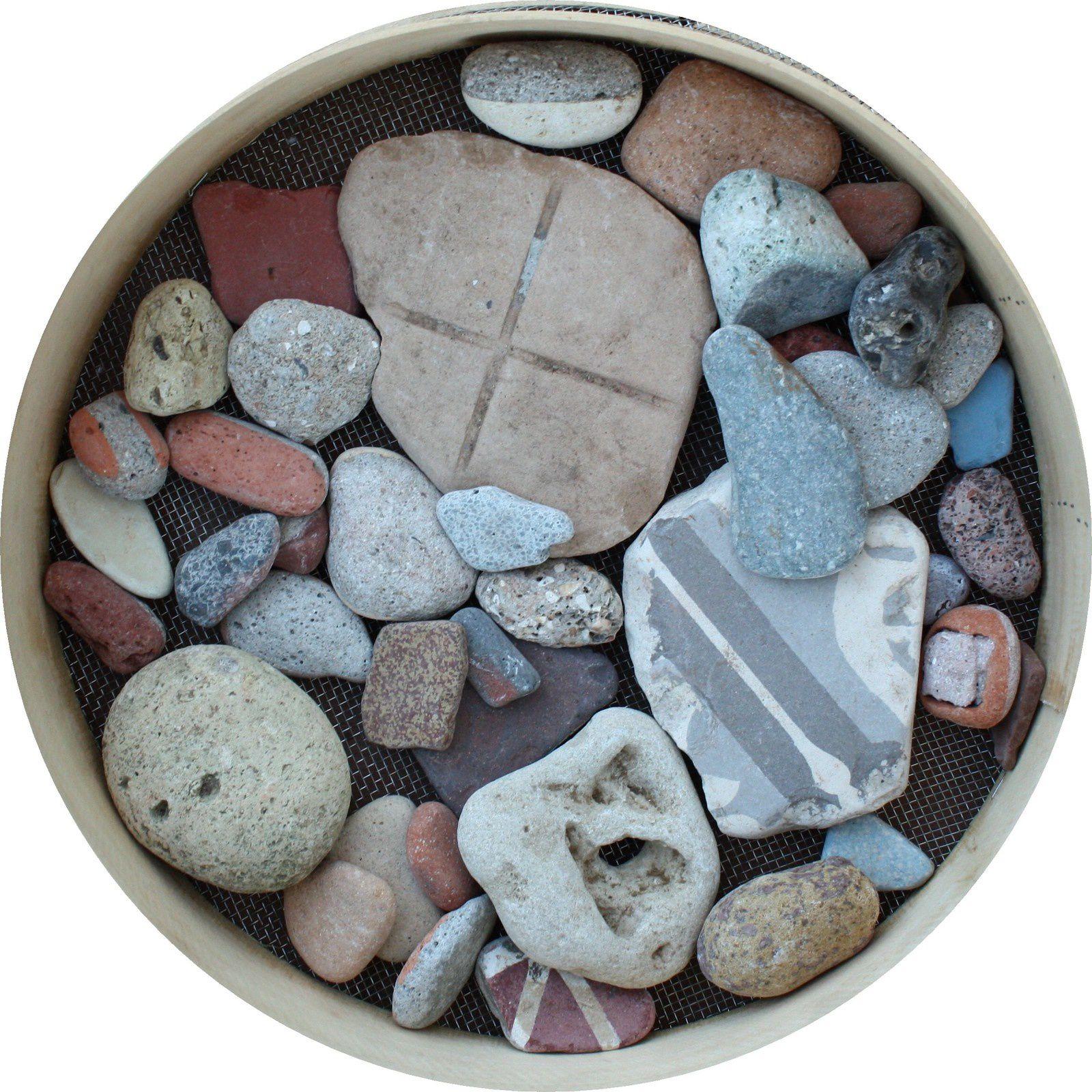 mon aire de la destruction du Havre rasé il ya 72 ans: fragments ramassés sur la plage entre 2008 et 2014 - Galets  de matériaux de la destruction, patrimoine mondial non encore inscrit à l'UNESCO