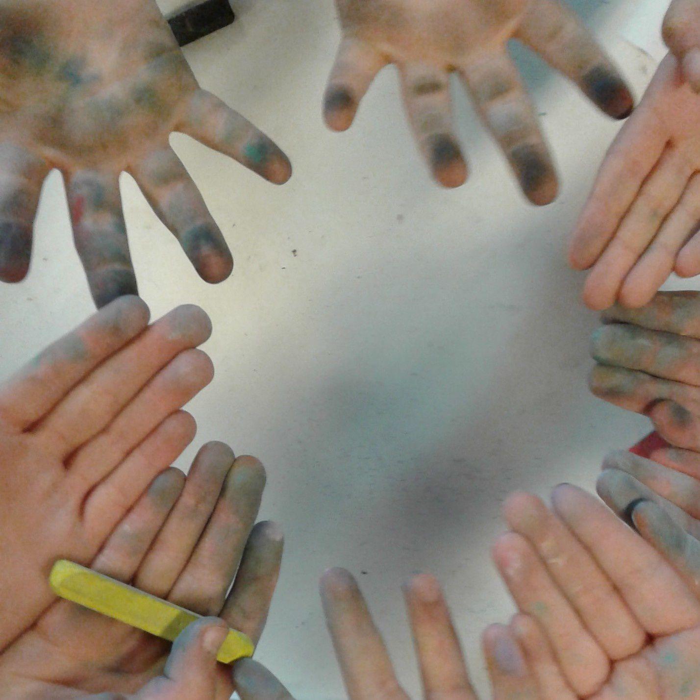les mains des élèves - 10