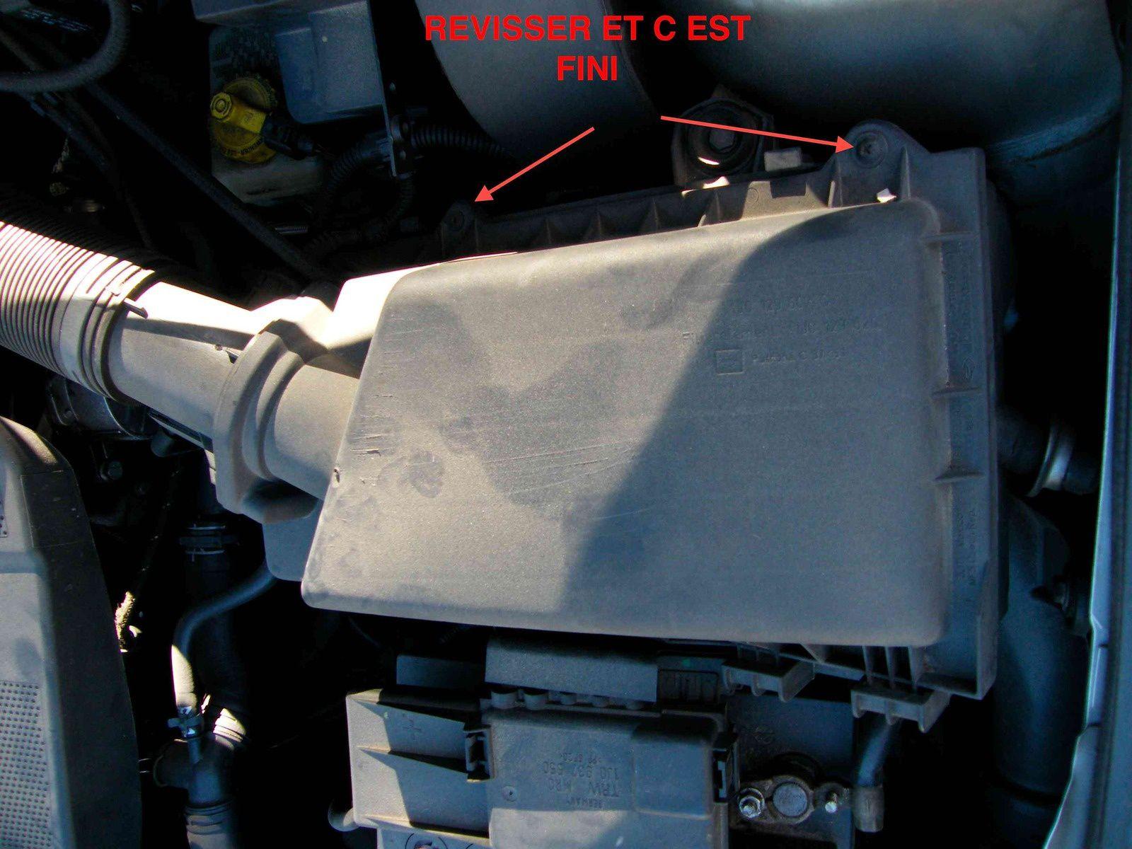 Changement filtre à air Audi A3 8L 1998