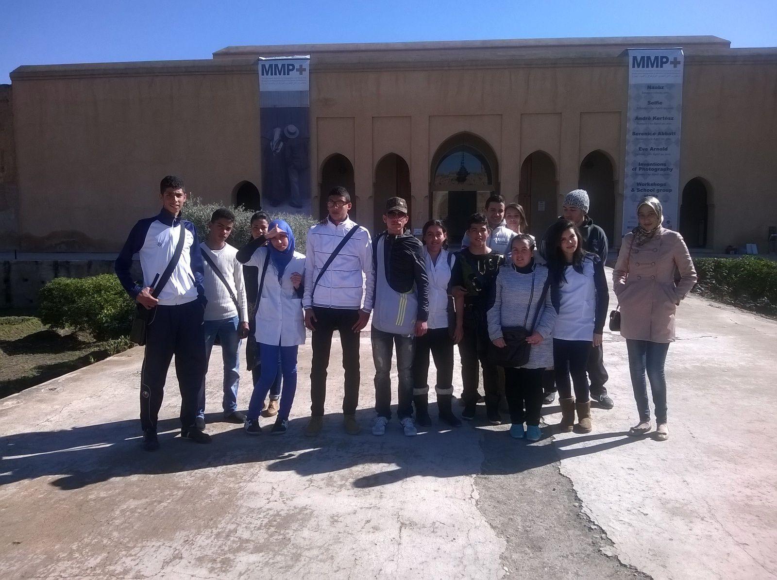 تلاميذ ثانوية حسان بن ثابت التأهيلية - مراكش في زيارتهم للمعرض الدولي للكتاب و متحف مراكش للتصوير الفوتوغرافي و الفنون البصرية