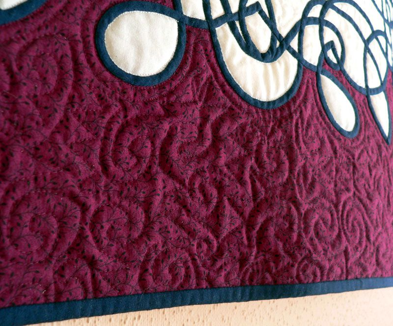 Blogger's Quilt Festival : Celtique (Small Quilts category)