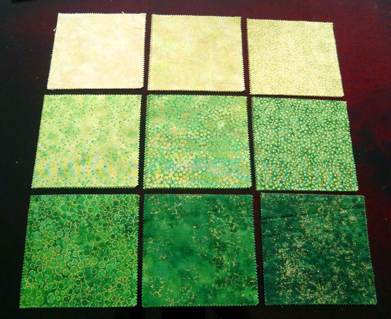 Des tissus ! / New fabrics!