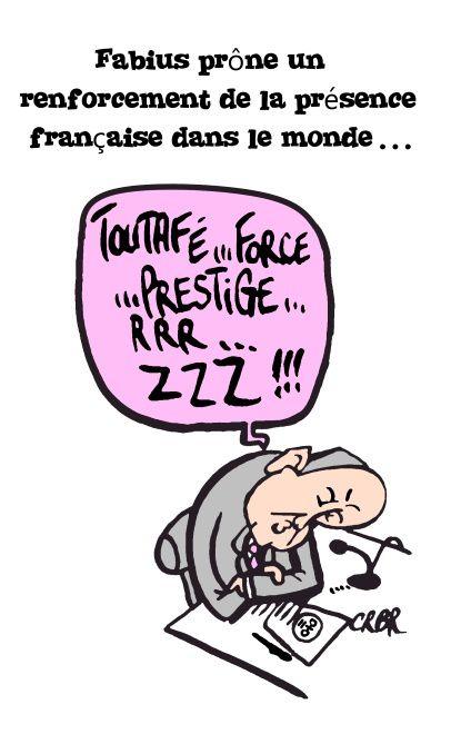 Fabius prône un renforcement de la présence française dans le monde: