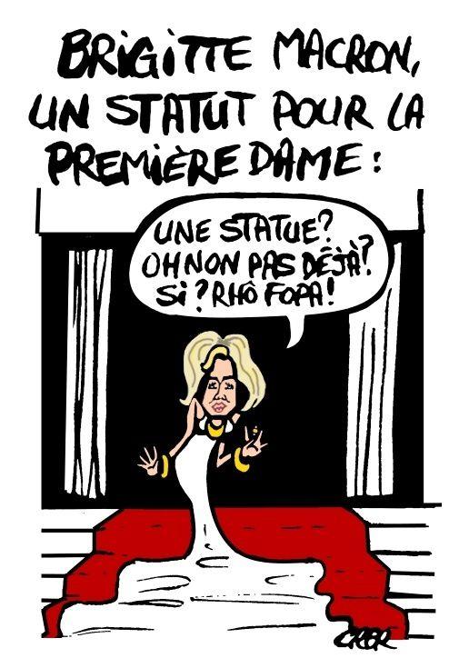 Brigitte Macron, un statut pour la première dame