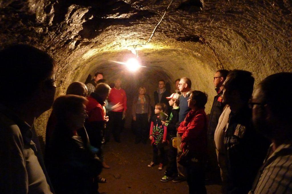 visite d'une cave du chateau