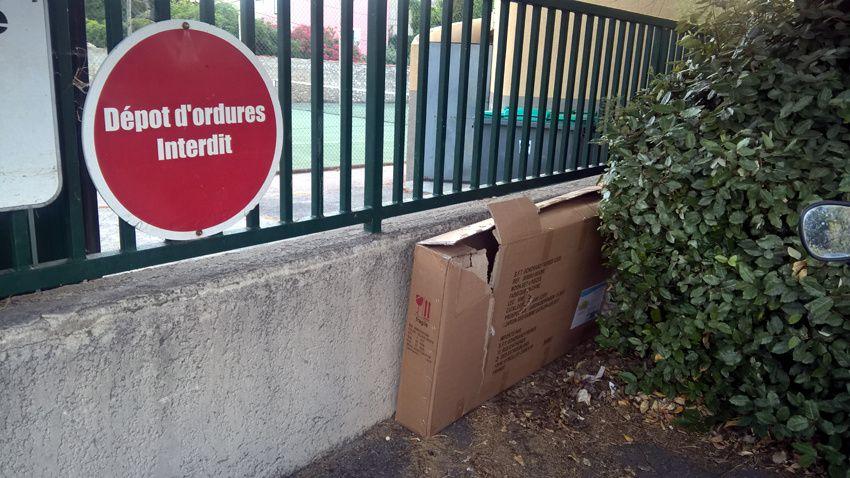 DÉPOT D'ORDURES INTERDIT