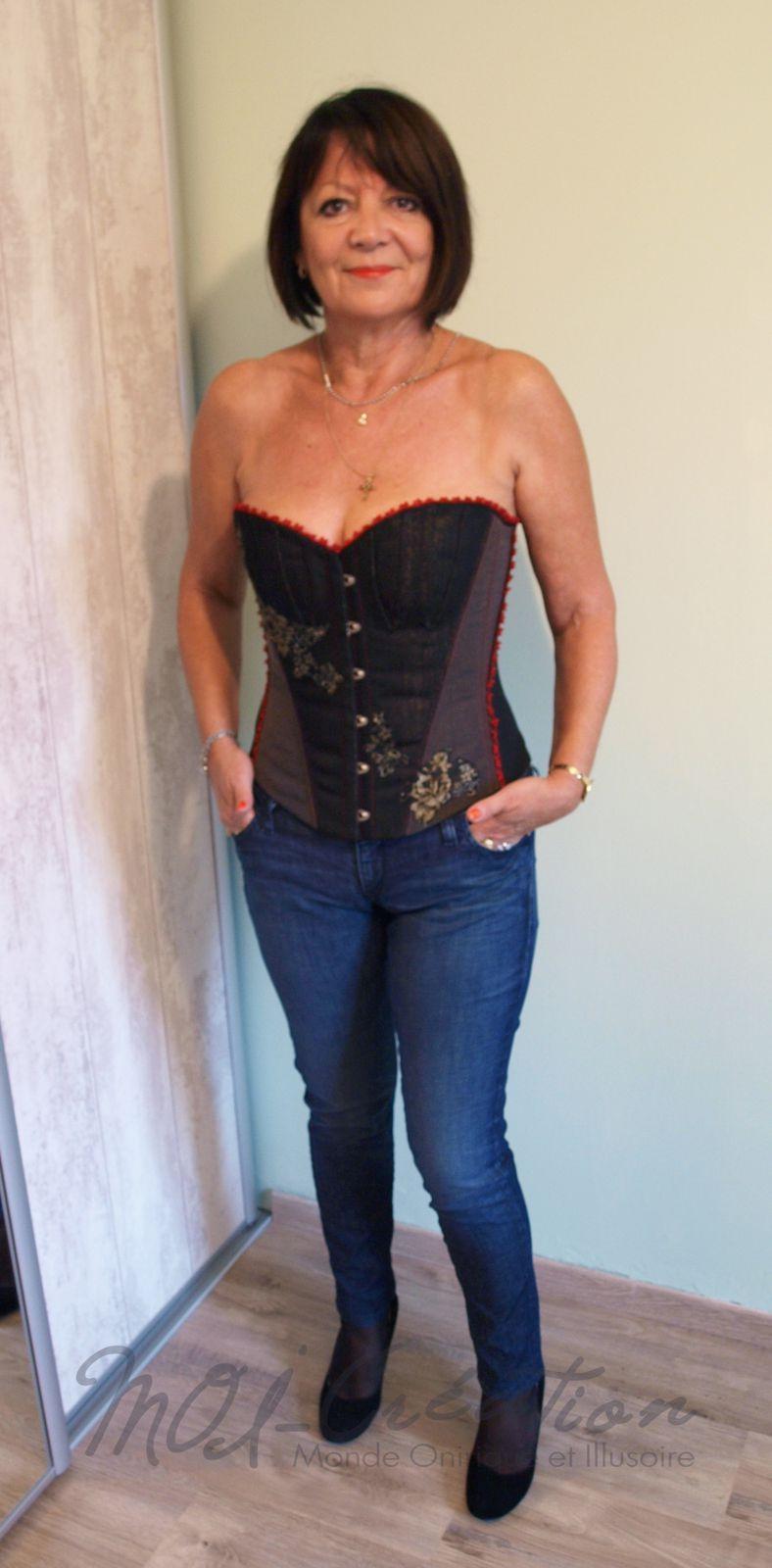 Corsets le blog de moi creation - Porter un corset tous les jours ...