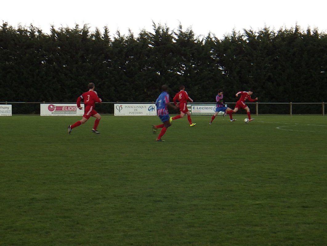 Nouaillé 2 3-0 ASPTT Poitiers