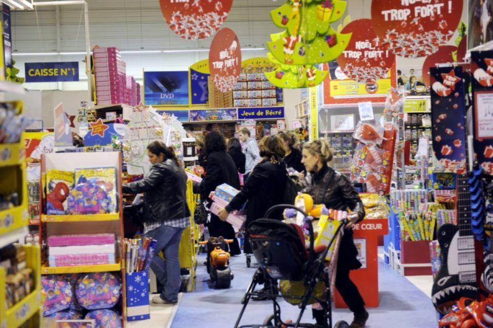 Maxi toys la cgt craint une restructuration camoufl e for Maxi toys porte de namur