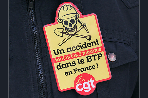 TRAVAIL, ATTENTION DANGER !