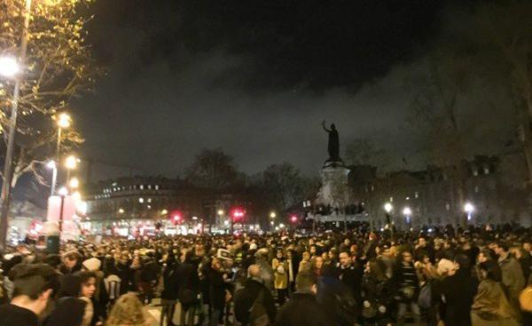 Charlie Hebdo assassiné. La riposte.