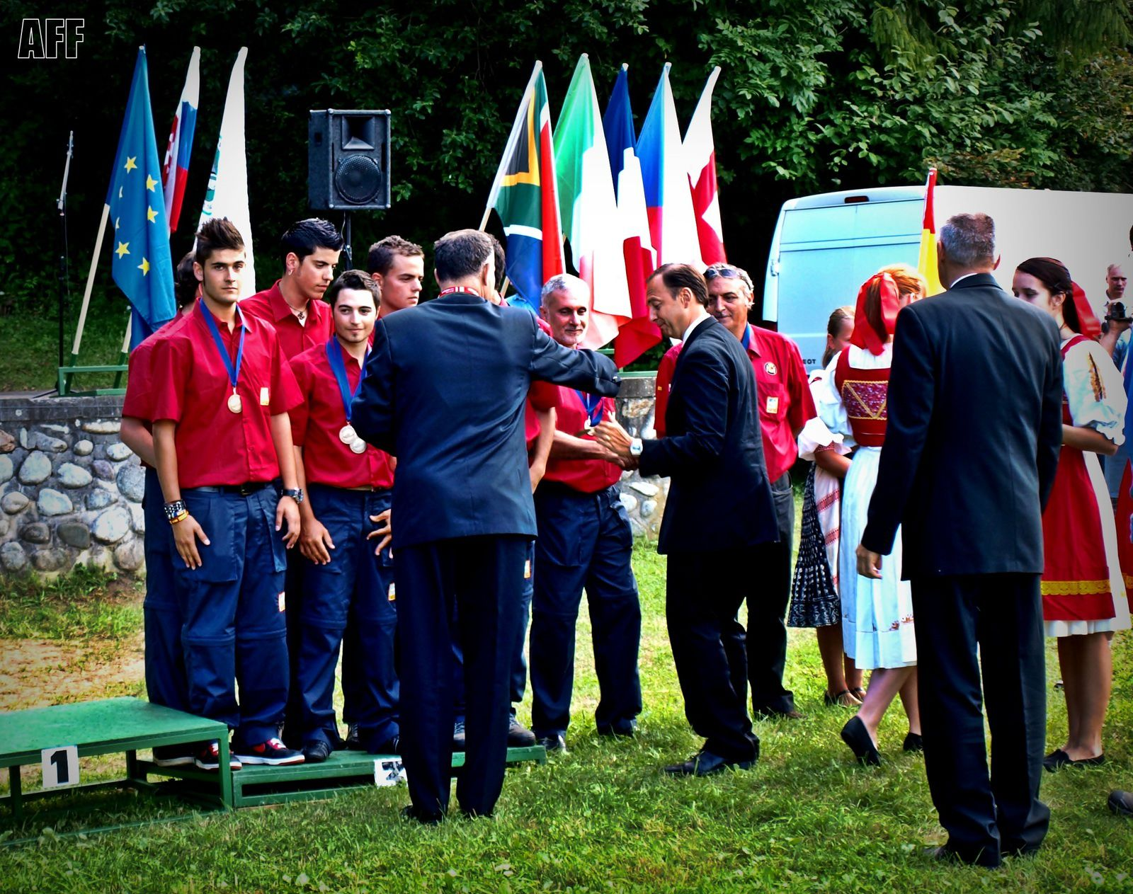 Entrega de medallas. - Delivery of medals.