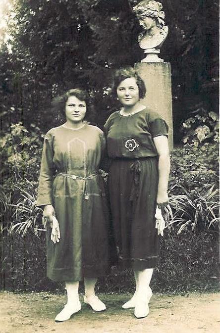 Femmes de ma lignée : grands-mères et grand-tante... et les hommes aussi...