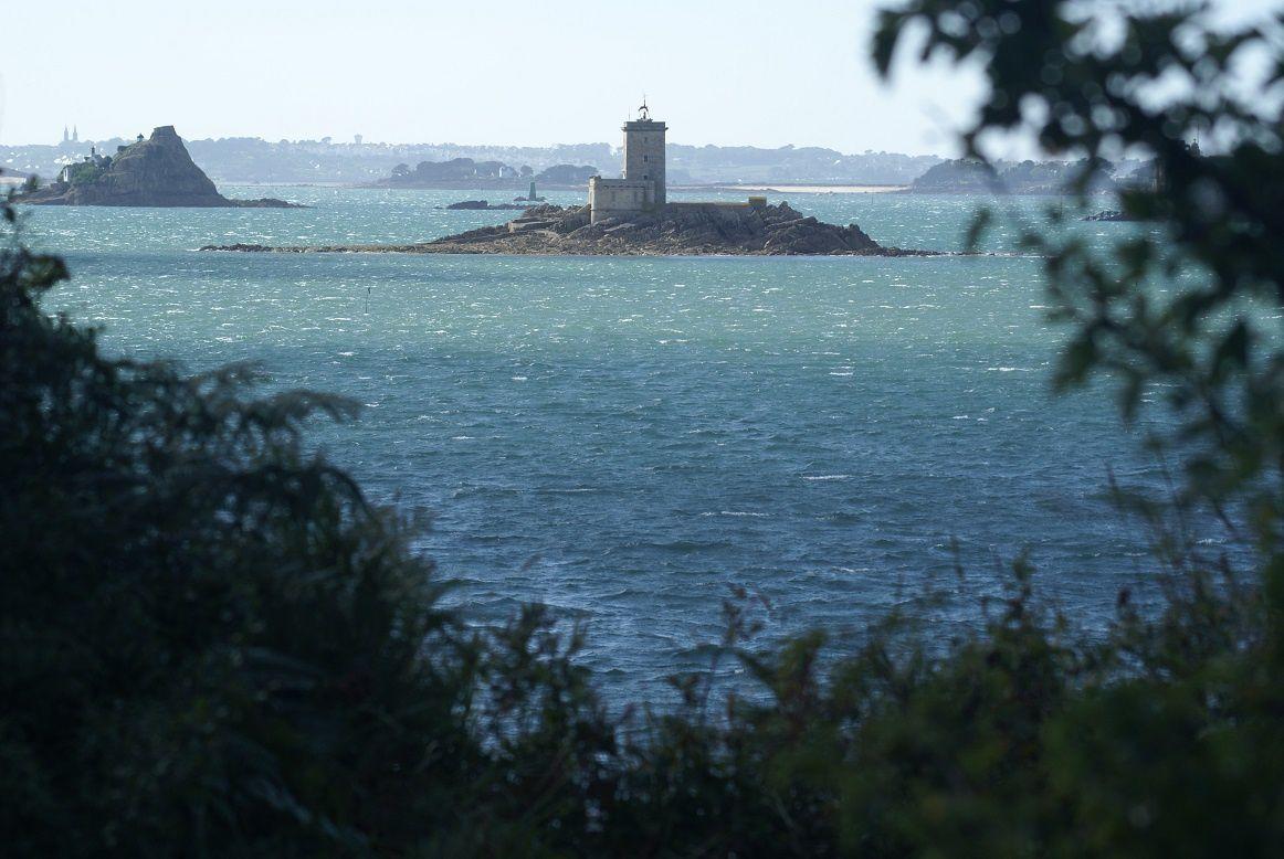 Carte postale de Bretagne : L'île noire