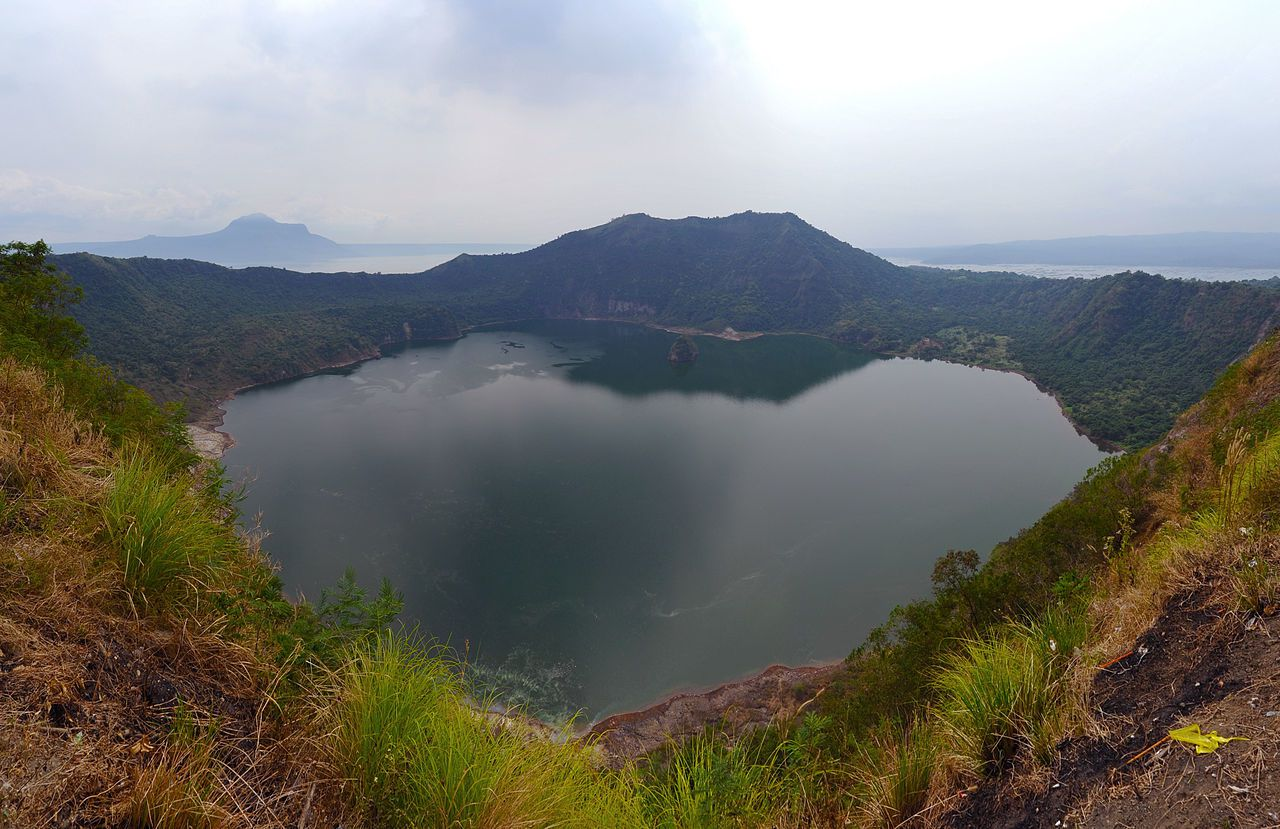 Volcano island- Par chensiyuan — chensiyuan, GFDL, https://commons.wikimedia.org/w/index.php?curid=12748913