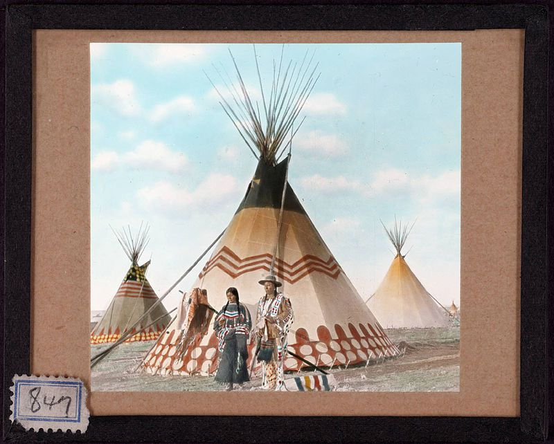 By Beinecke Library - Thunder Tipi of Cream Antelope. 847, CC BY 2.0, https://commons.wikimedia.org/w/index.php?curid=9029871