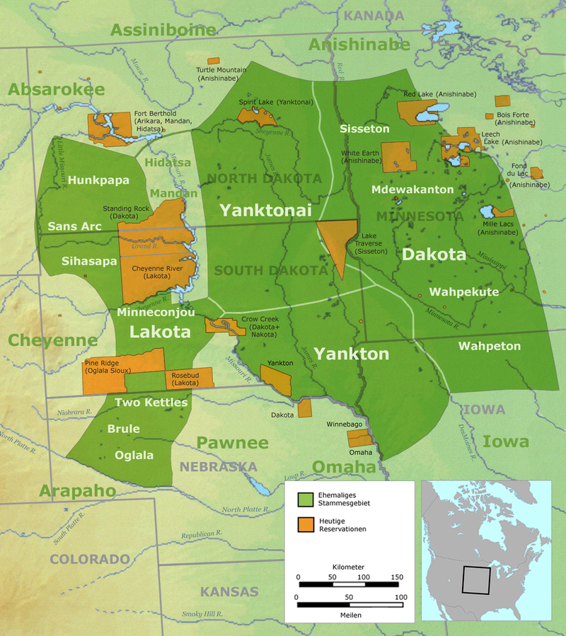 tribus sioux en vert avant 1770 et en orange actuellement - Par User:Nikater — Own work by Nikater, submitted to the public domain. Background map courtesy of Demis, www.demis.nl., Domaine public, https://commons.wikimedia.org/w/index.php?curid=2309029