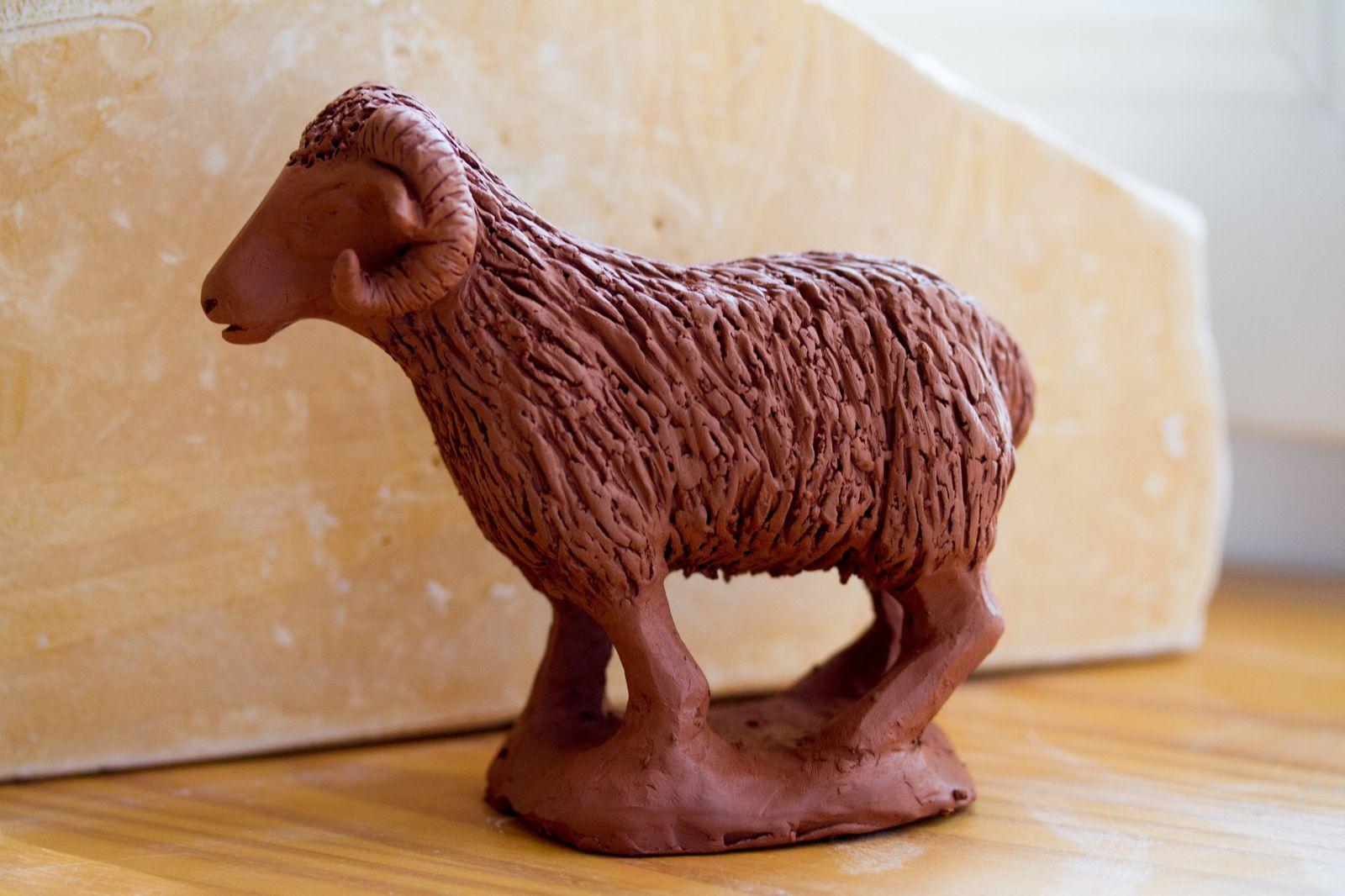 le premier bélier à partir du moule du mouton.