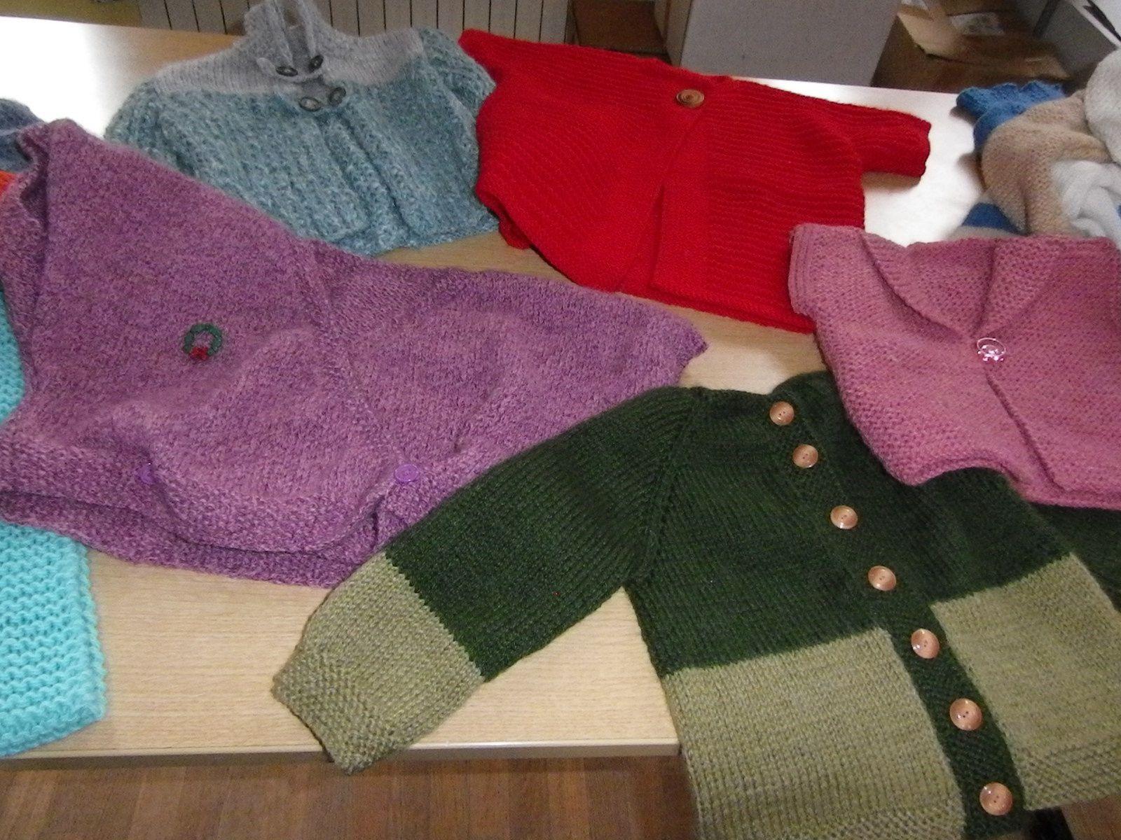 les tricots&quot&#x3B; de la dame du village d'à coté &quot&#x3B;